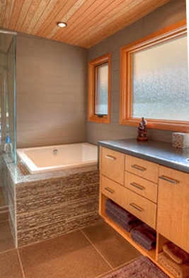 Mazama Master Bathroom.jpg