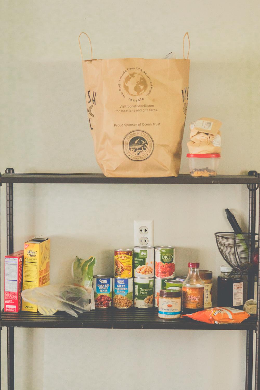 familyfridays-bare-minimum-pantry