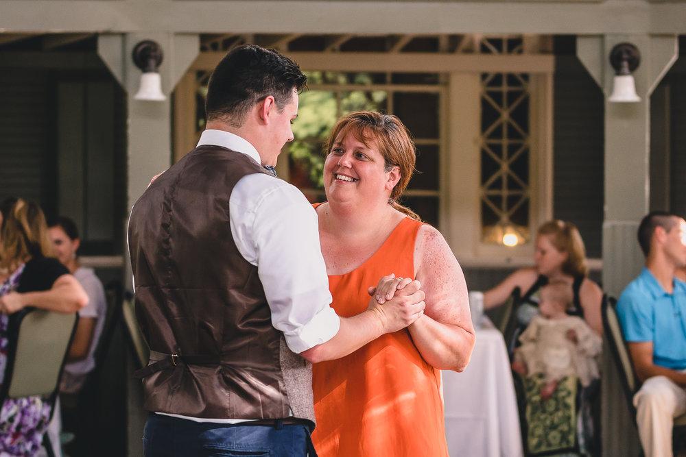 Lynchburg-virginia-aviary-wedding-reception-10.jpg