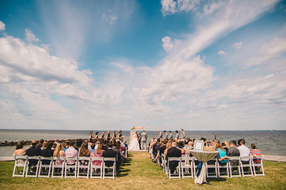 chesapeake bay wedding at silver swan bayside kent island maryland by jonathan hannah photography