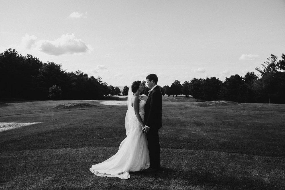 Elopement-Style Country Club Wedding Brookneal VA Hat Creek Golf Course Jonathan Hannah Photography lynchburg Virginia wedding photographers