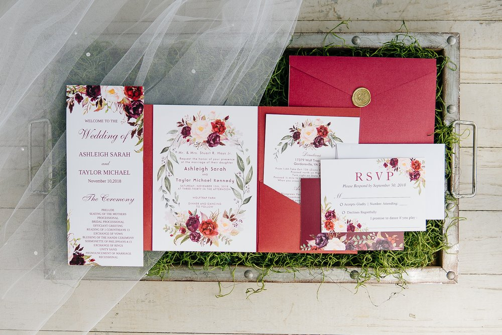 Bridal_details_invitation_suite_at_wolftrap_farms_by_jonathan_and_hannah_photography