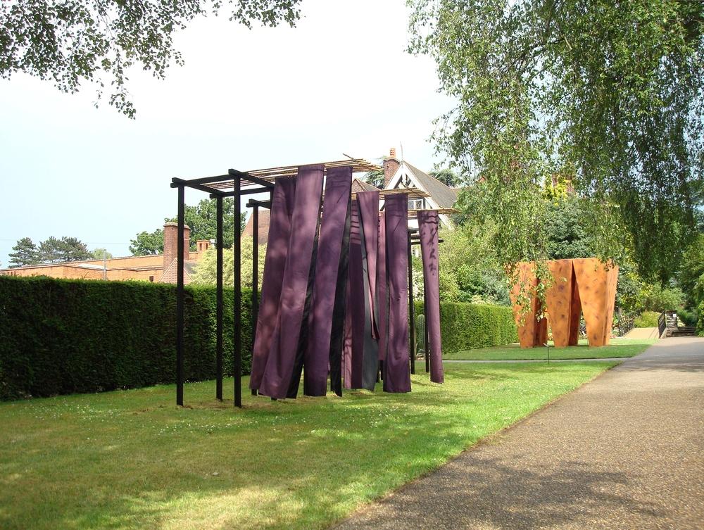 Leicester Installation of sculpture 2009 163 a skorin.jpg
