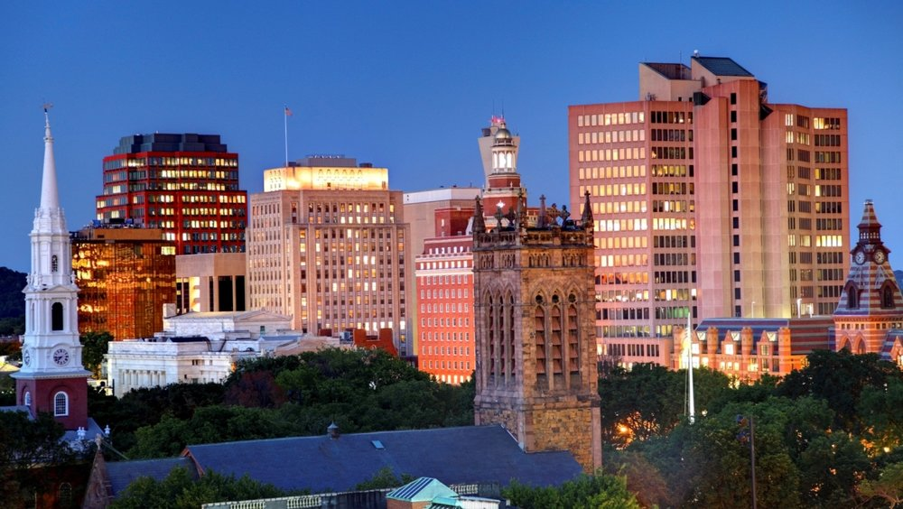 hvnyal-omni-new-haven-yale-skyline.jpg