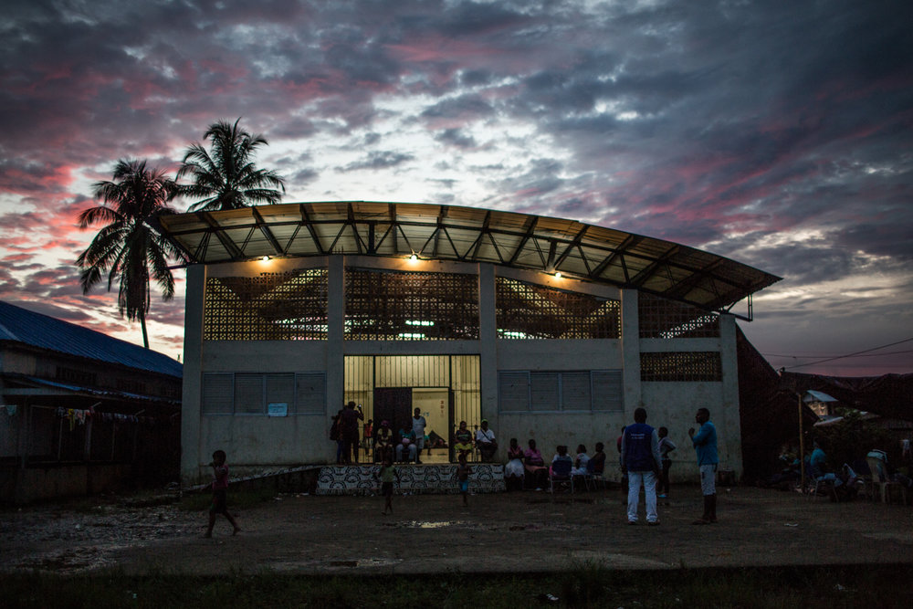 This sports facility in Pie de Pato serves as shelter for some of the families that arrived fleeing the combats others stay in family houses in this and other towns near the area.