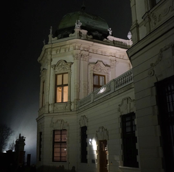 A spookily captured Belvedere Museum in Vienna by Lisa Borgnes Giramonti via Instagram.