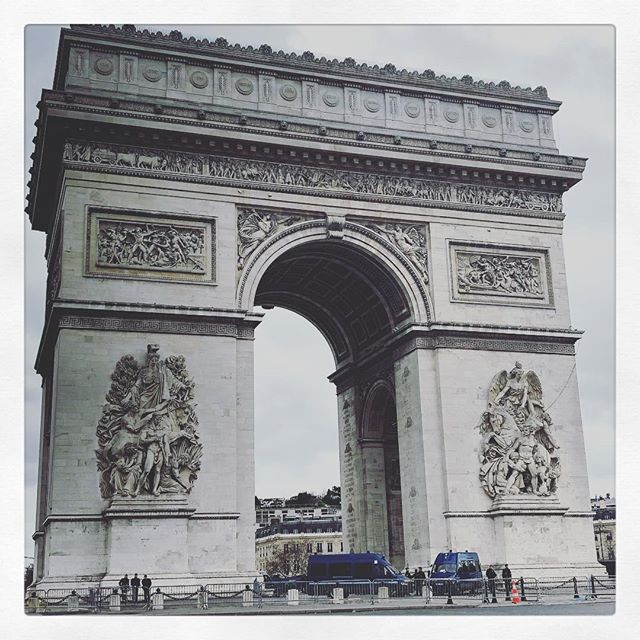 Bonjour! Grey skies and Gilets jaunes.