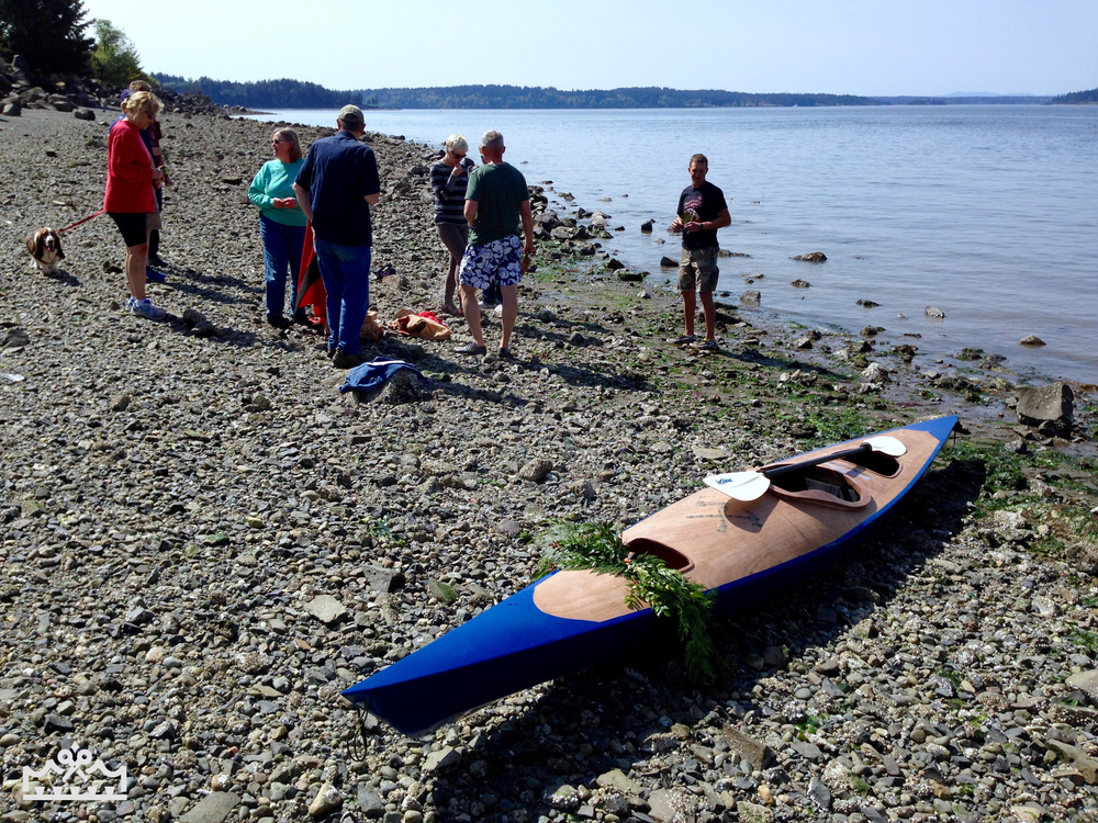 Kayak on beach_marked.jpg