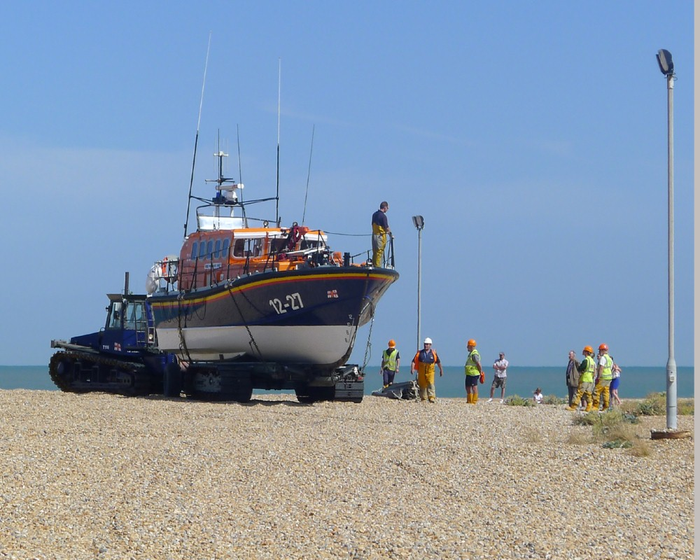 DUNGENESS LIFEBOAT PRACTISE by_Anne_Harries.jpg