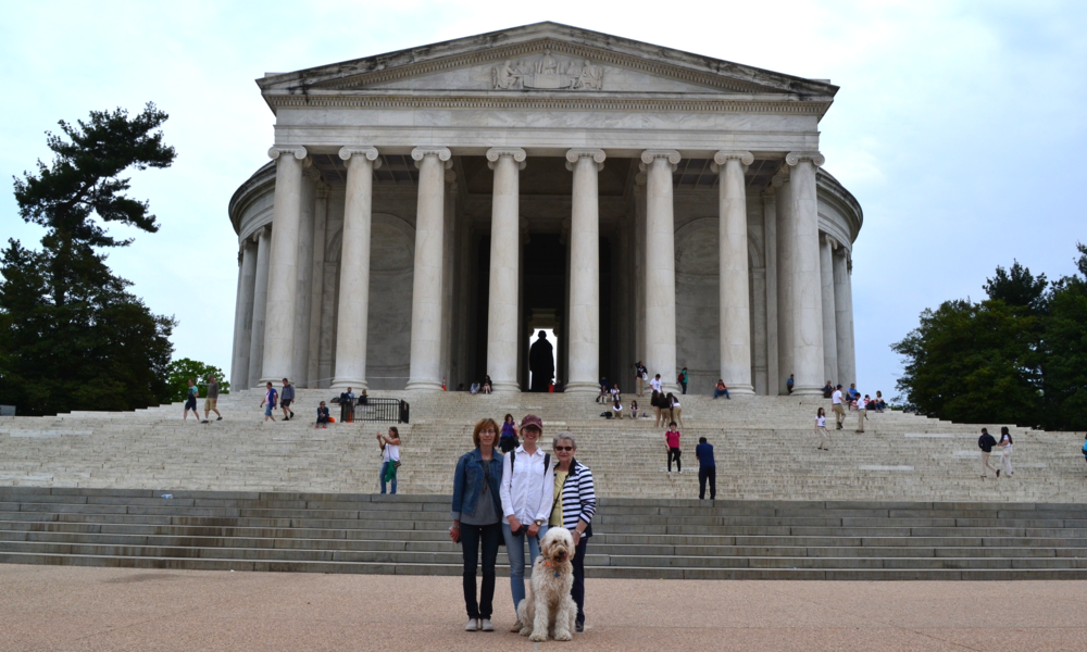 Cindy, Mel, Berdeen and Costello pose in front of the Jefferson Monument.