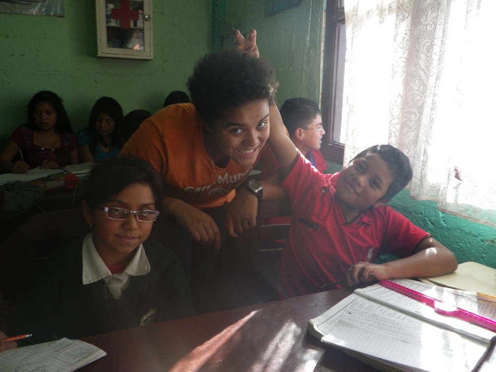 Kesia tutoring students