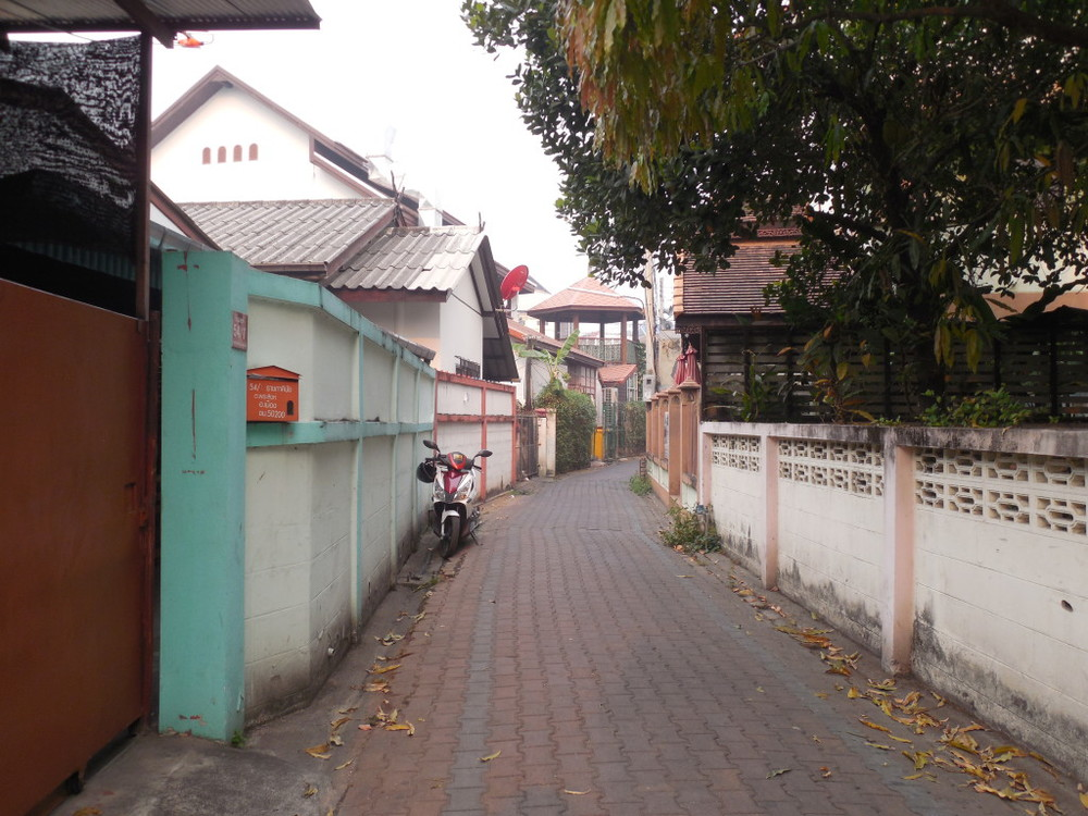 Alley way in Chang Mai, Thailand