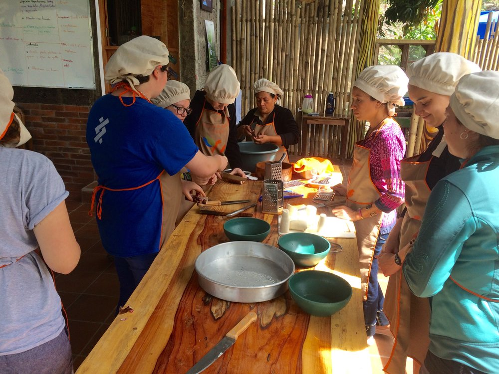 Cooking class to make buñuelos made from yucca and cheese.