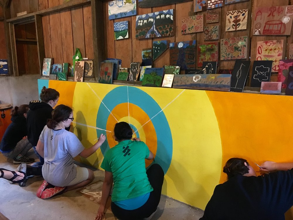 Mural painting at ArteSana, taught by our friend Jorge.