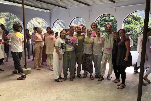 The group experiencing there first holi at Phool Chatti in Rishikesh.