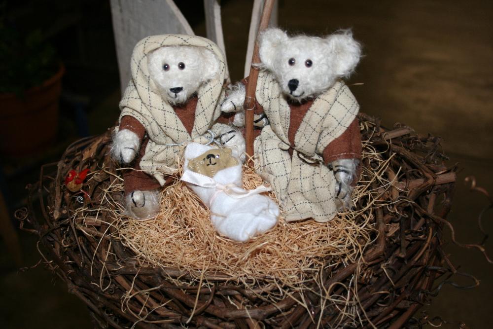 6_holiday_nativity_1_1.jpg