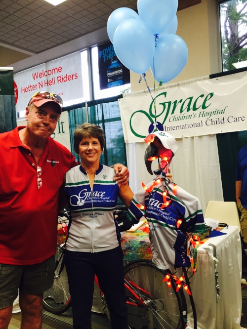 Jeannine Hatt and her husband Chuck Phelps support Race for Grace every year!