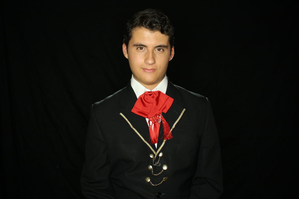 Jonás Torres - Barítono