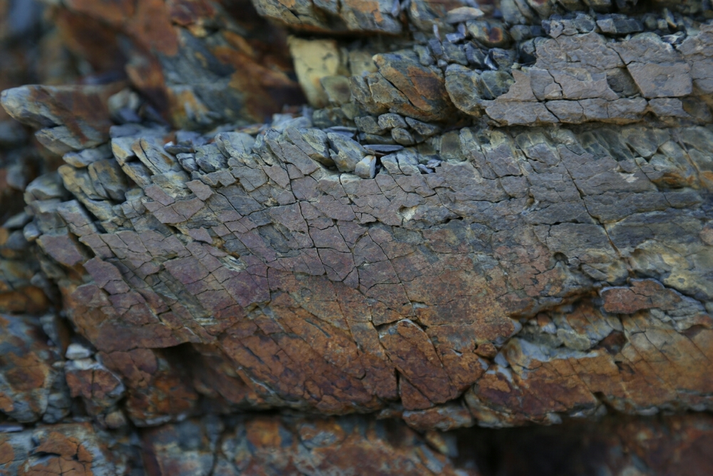 slate cliff face colours (Canon 6D)