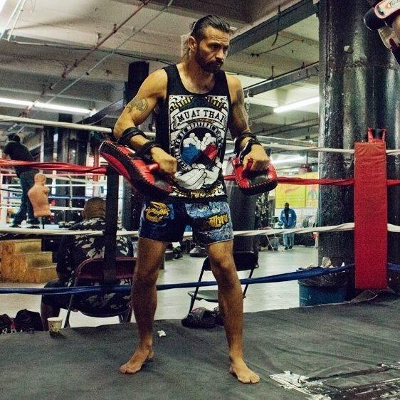 Thai Pad Kick Shield MMA Kickboxing Muay Thai Training Pad Arm Pad USA
