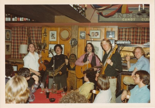 Tom Fraioli with Road Apple, Dartmouth N.H. 1975.jpg