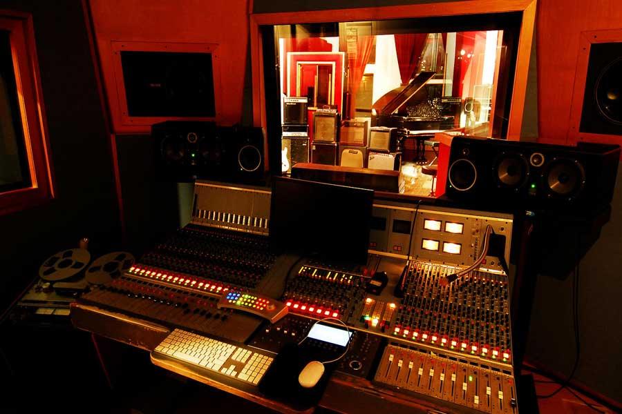 Flux-Studios-7.jpg