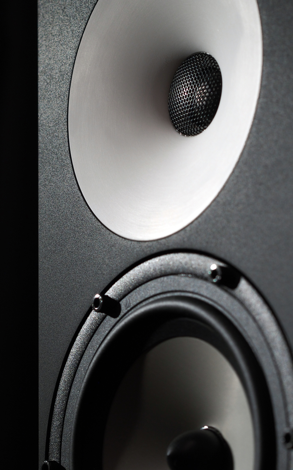 amphion One18 side on