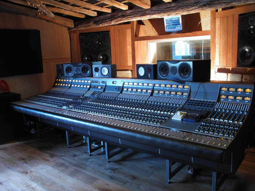 Neve Andrew Scheps mixing desk