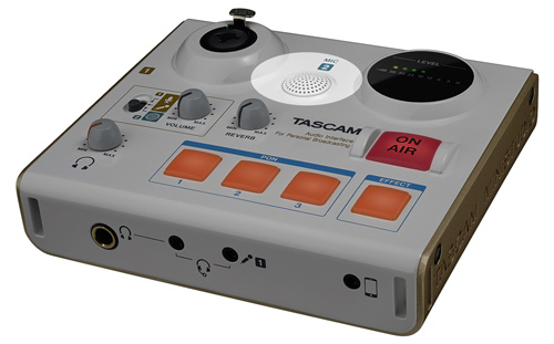 Tascam MiNiSTUDIO US-32 with build in capture microphone