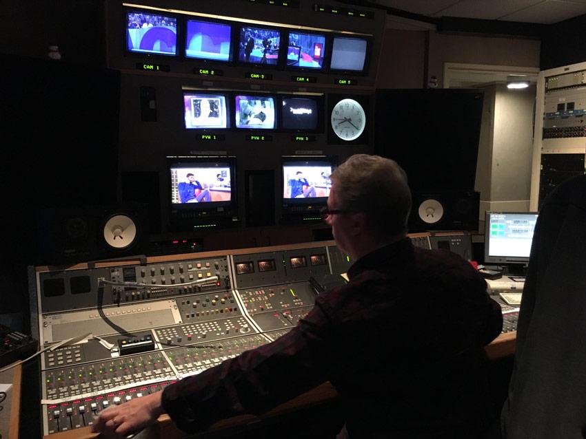 Rob-Ashard-mixing-Last-Leg.jpg