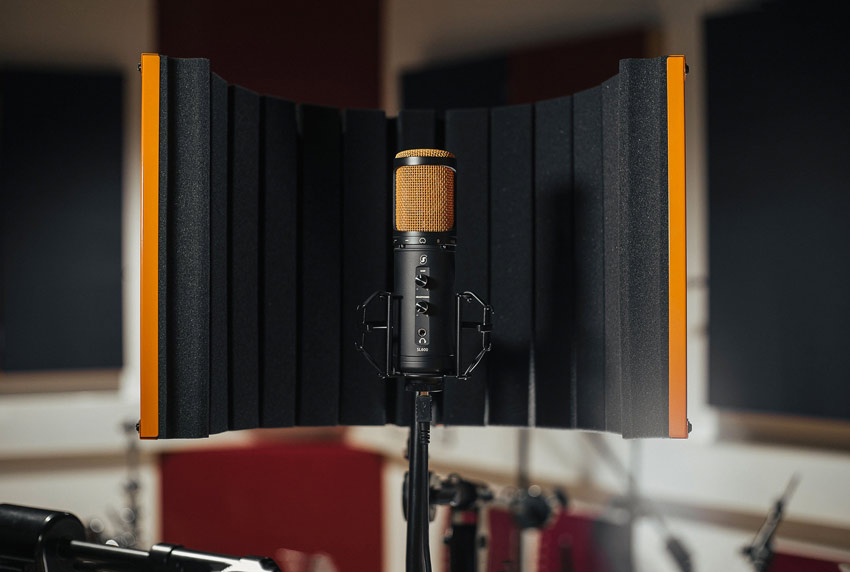 Editors Keys USB Microphone And Portable Vocal Booth