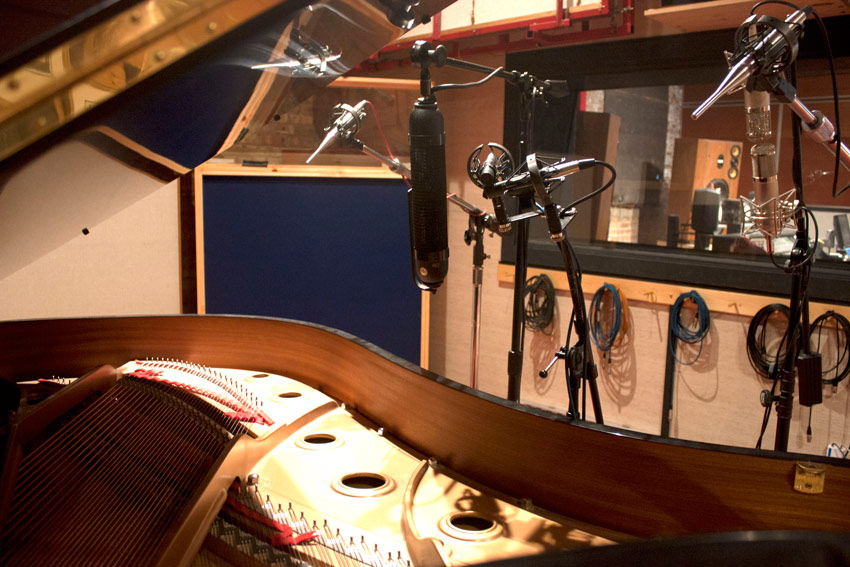 Piano recording mic placement