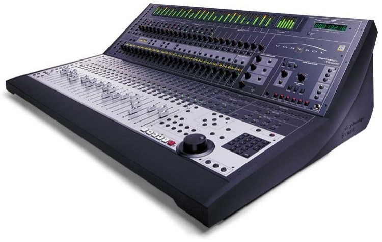 digidesign control 24 control surface for pro tools.jpg