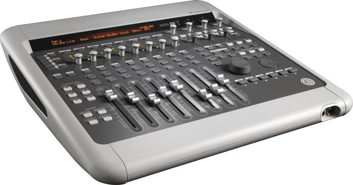 digi-003-factory-pro-tools-control-surface-front.jpg