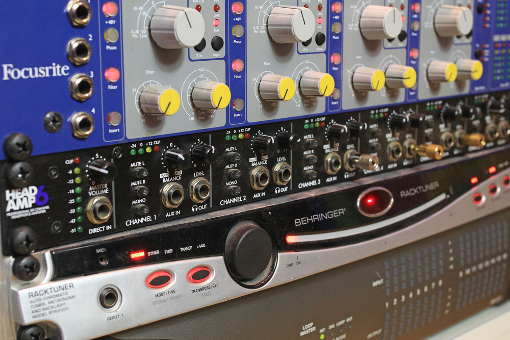 pro-tools-studio-art-head-amp-6.jpg