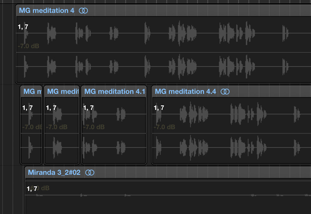 a picture of volume data on audio regions in logic pro x