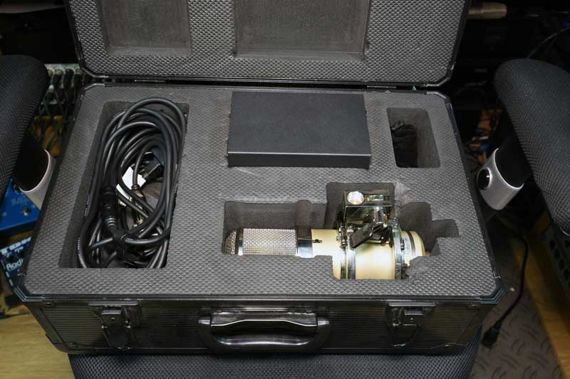 Lauten Audio Eden In Flightcase With PSU & Cables