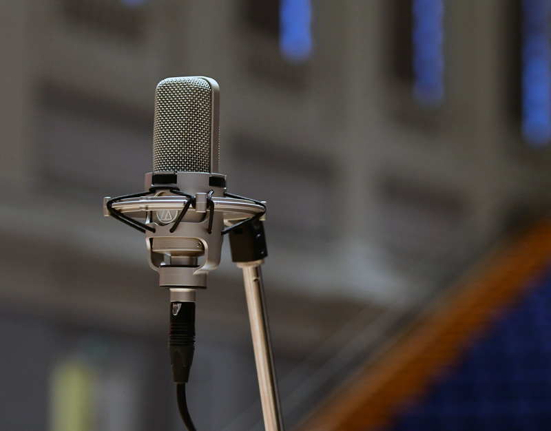 A pair of Audio-Technica AT4047/SV microphones in our Wide Choir position.