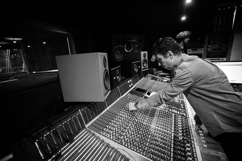 Setting the gain on the SSL 6000 console.
