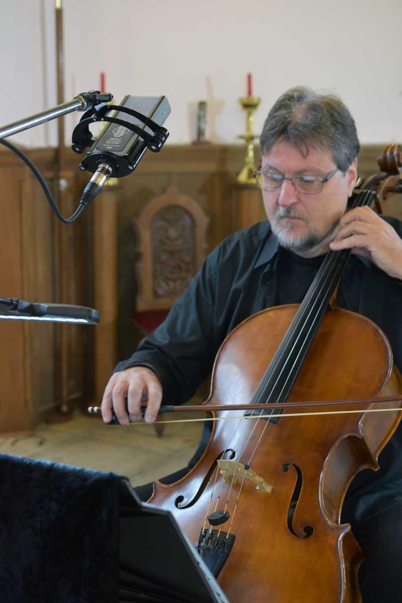 Sontronics Delta II ribbon mic on cello.