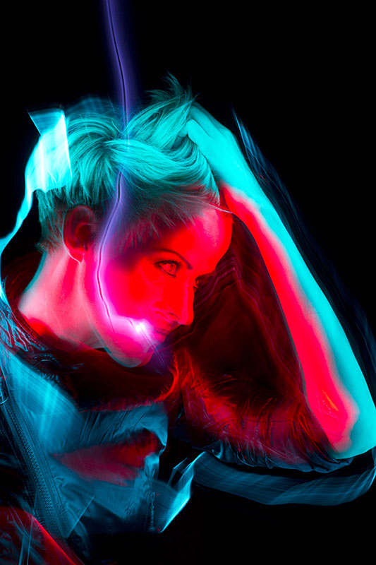 Patrick_Rochon_Light-_Painting_Genevieve_Borne_6727.jpg