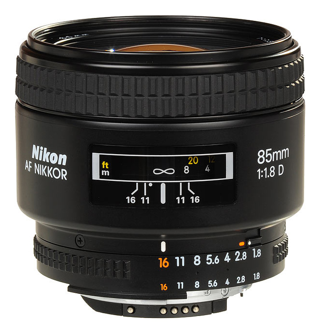 85mm f1.8 AF-D AUTO Nikkor  Day:  15$   Week:45  $