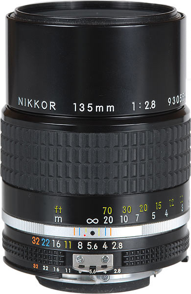 135mm 2.8 AI-s Nikkor  Day:  15$   Week:45  $