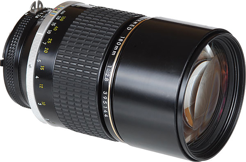 180mm F/2.8 ED  Day:20  $   Week:60  $