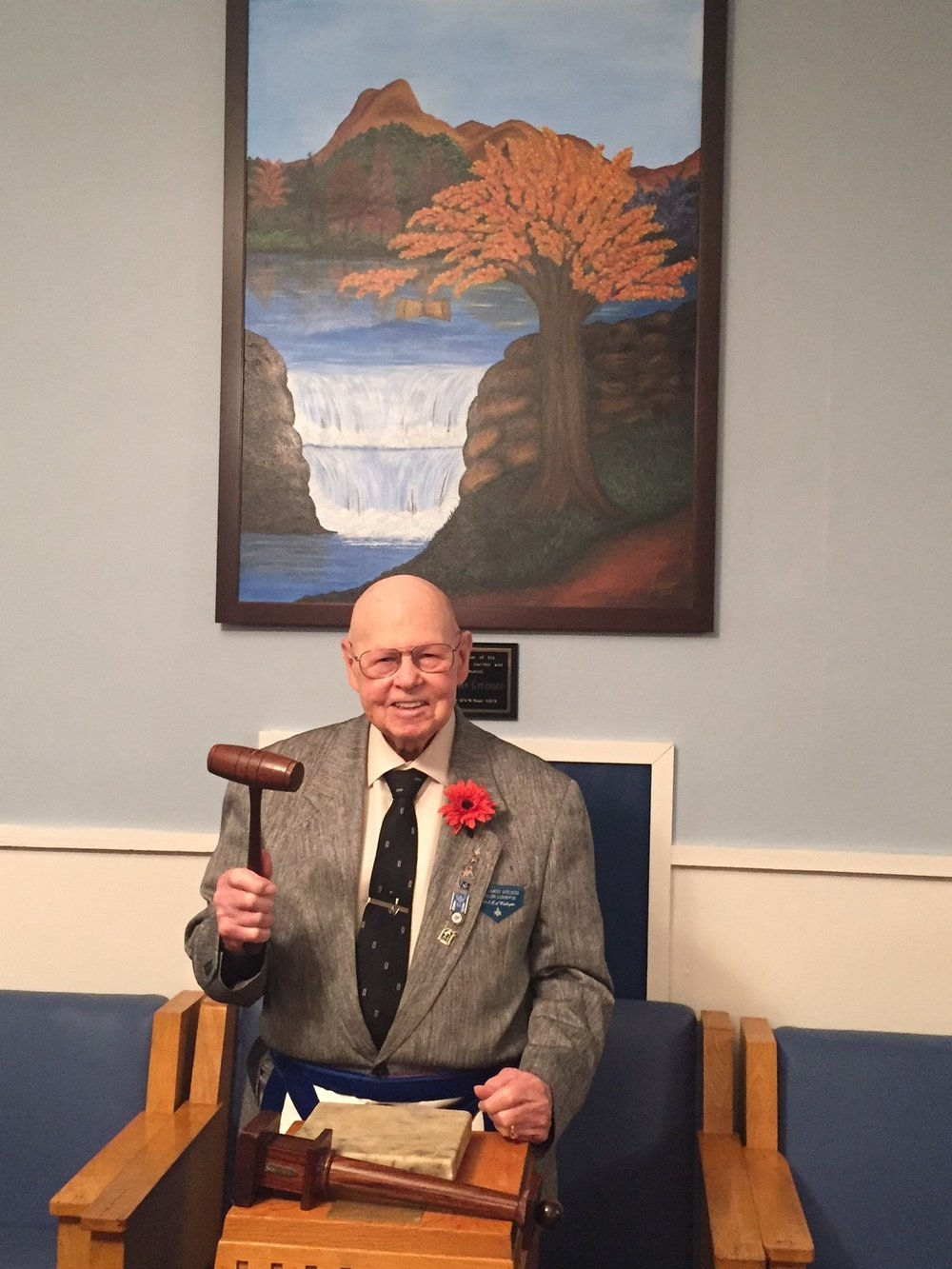 On December 2, 2017, during the 116th Installation of Officers, the members of the AshlerTrestle Board dedicated the painting now hung in the South to WB Jim Greimes, Past Master of Ashler Lodge in 1986. -