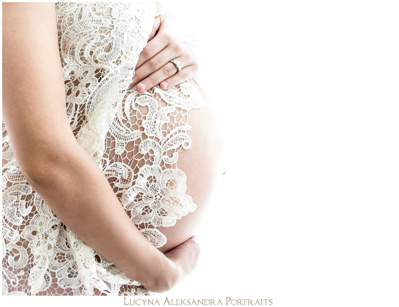 Tampa Bay Glamorous Maternity Session | Janicely