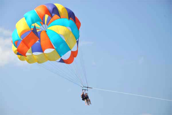 Parasailing in Clearwater
