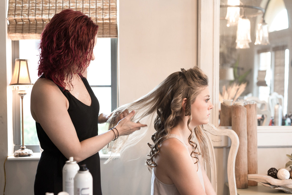 Hairstyling for a photo session