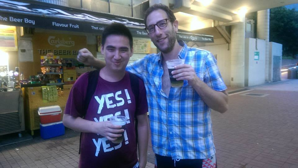 Post-boat party drinks at the harbour with Ari Shaffir.