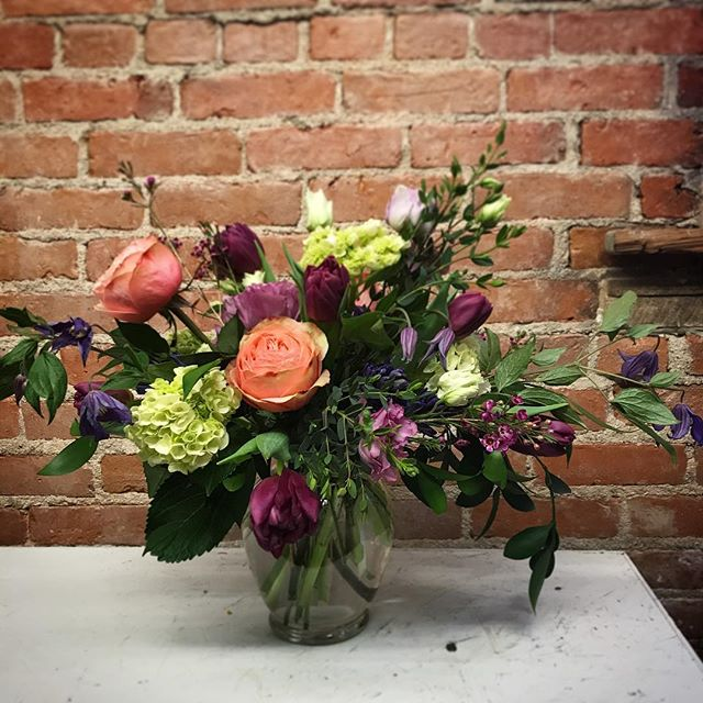 """Working on designs that allow the flowers to just """"do their thing."""" How are you embracing your own wild and wonderful nature today? #flowersbyphoebe #floraldesign #natureinspired #goshenflorist"""